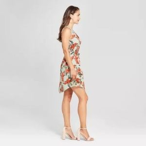 Women's Floral Print Sleeveless Button Front Crepe